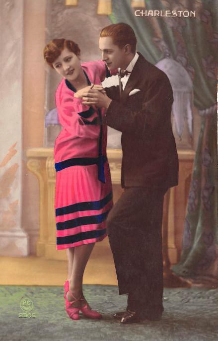 carte postale ancienne couple 1920
