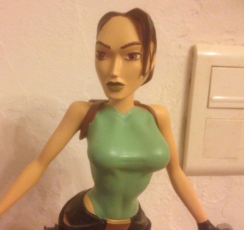Statuette Lara Croft
